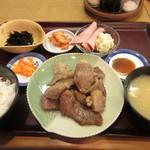 近江かね安 - 料理写真:焼肉定食(肩ロース) 4300円 (2018.4)