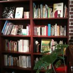 TRACTION book cafe - 北欧インテリアの本、ブルータス等のおしゃれ月刊誌、ブラックジャック、火の鳥、絵本などなど盛りだくさん!