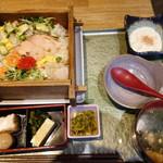 新潟 食楽園 - 海鮮ちらし
