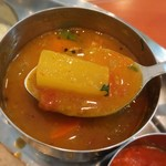 南インド料理 マハラニ - 硬さが残された大根
