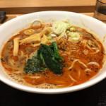 舎鈴 - 担々麺590円