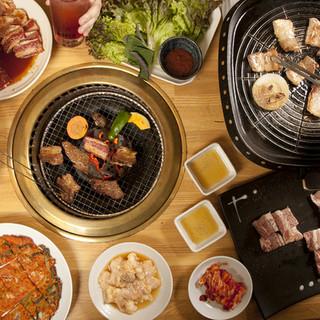 焼肉も!韓国料理も!両方堪能★豊富な絶品でお腹イッパイ!