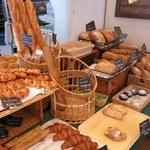 84877430 - ハード系パンがおすすめ
