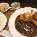 洋食屋ゆうき - 料理写真:ハンバーグとエビフライ