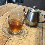 84884912 - 黒豆茶(セットドリンク価格 税込313円)
