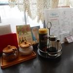 コーヒーハウス純 - 卓上