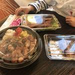 炭火焼居酒屋龍王 - 炭火焼豚バラ、手羽先、焼鳥丼