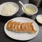 84892692 - 元祖野菜餃子 並盛定食 8個入