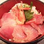84893077 - 海鮮丼(並)