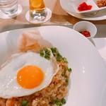 フライヤーズテーブル - 卵焼きもきれい