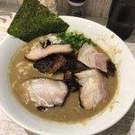 麺ガレージ 肉ヲ見ル - 特濃煮干ラーメン