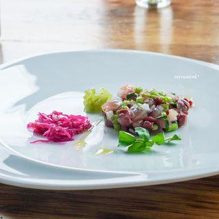 ソリス アグリトゥーリズモ - 料理写真:佐島鮮魚のタルタル 蕗の香りとともに