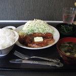 8491670 - ポークステーキ定食(バターしょうゆ)