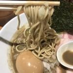 亀戸煮干中華蕎麦つきひ - 特製濃厚中華蕎麦 麺リフト