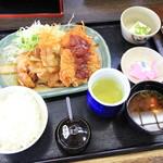 和風キッチン 蔵 - チキンカツとブタのしょうが焼きランチ 750円
