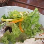 S PRESS CAFE - サラダ