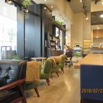 S PRESS CAFE - 内観