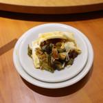 南国亭 - ピータン豆腐