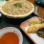 熊魚菴 たん熊北店 - 天ぷら蕎麦