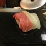 やまもと寿し - 料理写真:松はトロで竹は赤身だった