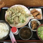 イースト・ロード - 料理写真:山菜の天ぷら定食
