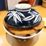 とんかつ太郎 - 特製かつ丼