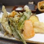 手打蕎麦 しずおか - ランチの天ぷらセットの天ぷら