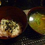 周 - ご飯とおみそ汁・・最近福岡で頂いたおみそ汁の中では一番美味しかった。
