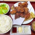 き久好 - 釧路ザンギ定食(黒)肉盛り10個 1120円+税
