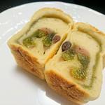 パン工房 Riso - さくら餡と抹茶餡のパン!生地がもちもち