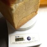 Ippondou - ホテル食パン1斤計量。
