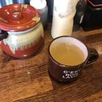 鉄板やきそば・酒場しぶやき - セットのスープ