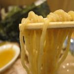中華そば 笑歩 - 【初日】特製中華そばの麺