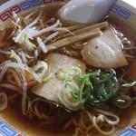 鳥礼食堂 - 料理写真:中華そば450円