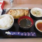 84971929 - 俺の餃子 5コ定食 820円