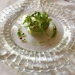 84976981 - 最初の前菜    アボカドのサラダ仕立てです。