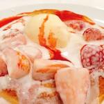 84982023 - 苺のスフレパンケーキ
