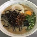 桃苑 - デラックスラーメン