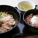 神戸製麺 - 自家製鶏ダレ油そばセット