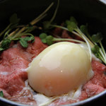 神戸製麺 - ローストビーフ丼