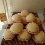 サク キッチン - メロンパン