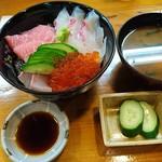 海幸 - 海鮮丼800円✌️