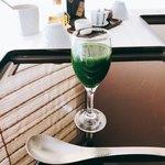 杜氏賛歌 - 青菜とりんごの野菜ジュース