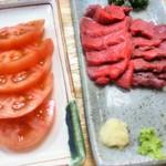 84995397 - 冷やしトマト&馬刺し(上)