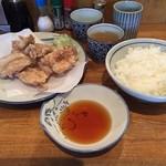 やき鳥 宮川 - から揚げ定食 880円(税込)