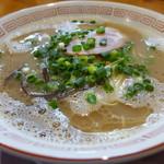 博多屋台 - 料理写真:博多豚骨(700円)