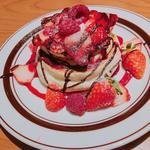 LionCAFE - 魅惑のショコラストロベリーパンケーキ♪