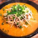 麺屋冬㐂 - 料理写真:十日町みそラーメン(780円)