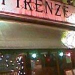 フィレンツェ - お店の外観、クリスマス仕様でしょうか?