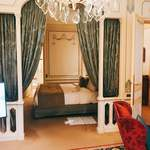Hotel Raphael - ベッドルーム